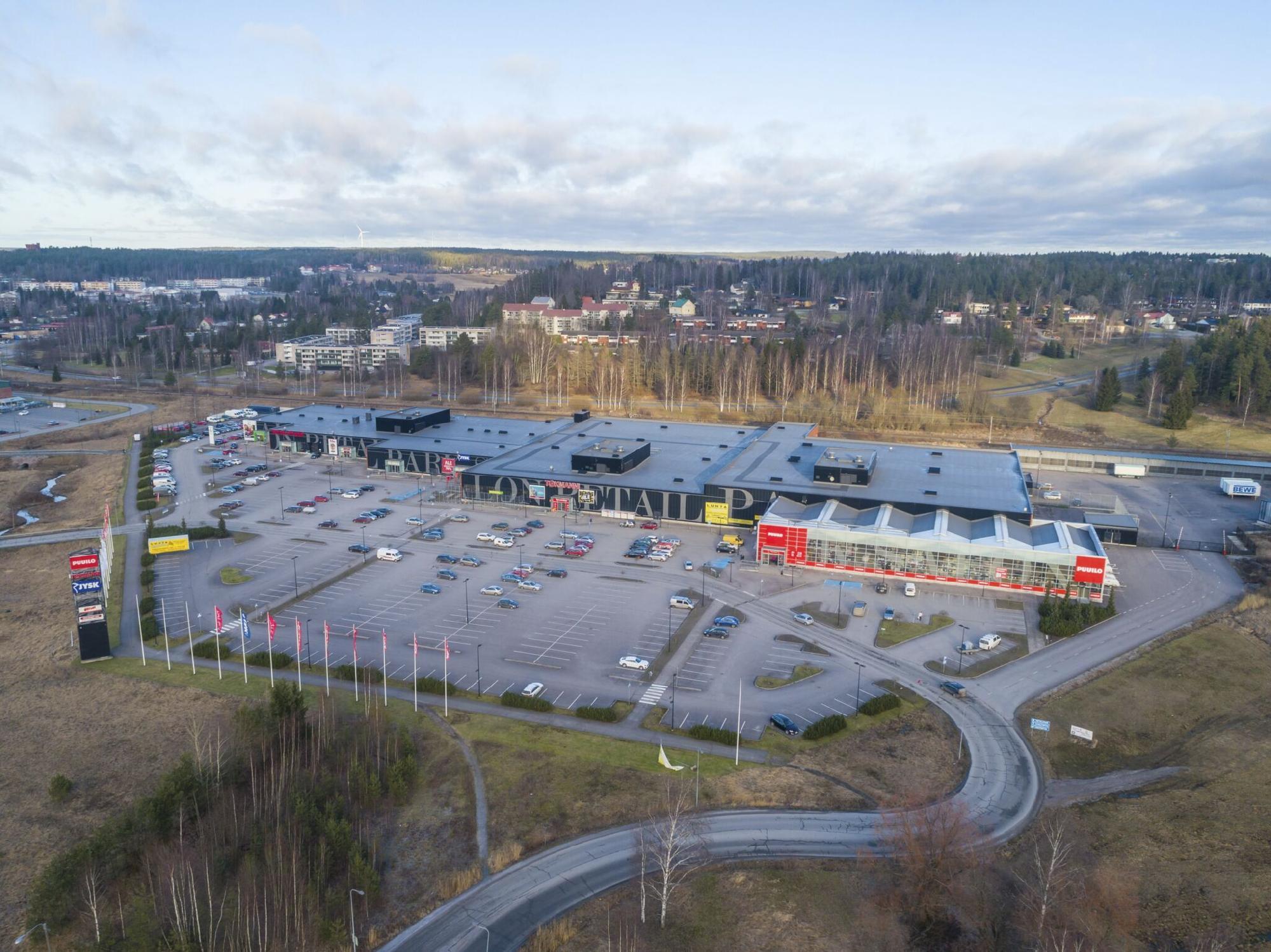 Valtatie 5 SALO, 1171m2, Katutaso, Liiketila