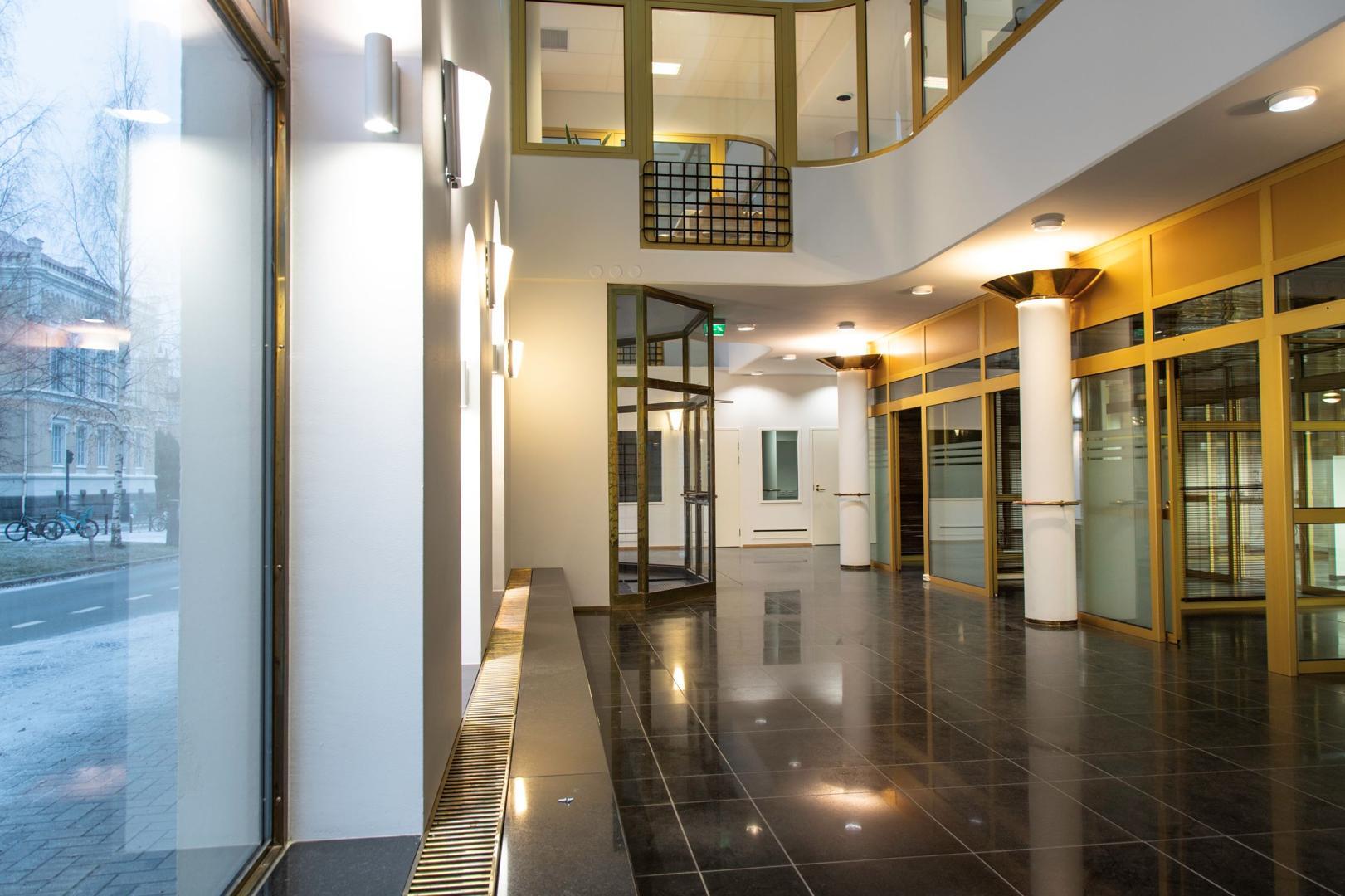 Yliopistonkatu 28 JYVÄSKYLÄ, 170m2, 2. kerros, Toimistotila